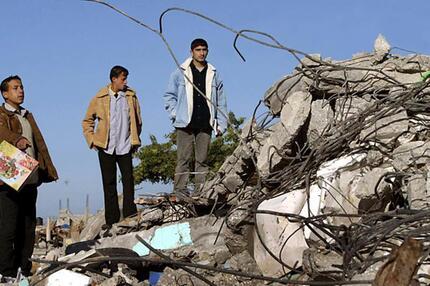Zerstörung nach Luftangriff