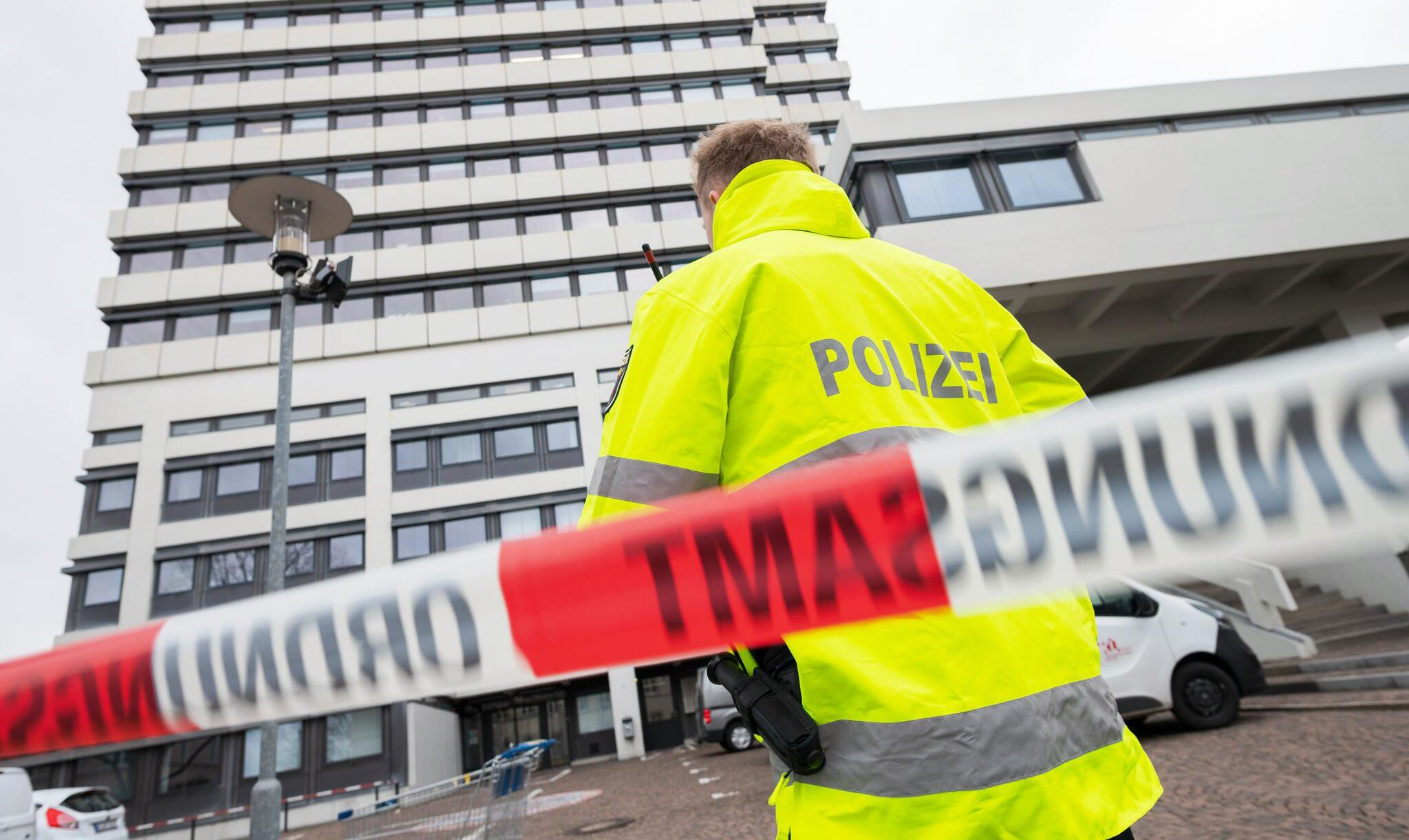 Bild zu Bombendrohungen - Rathaus Kaiserlautern