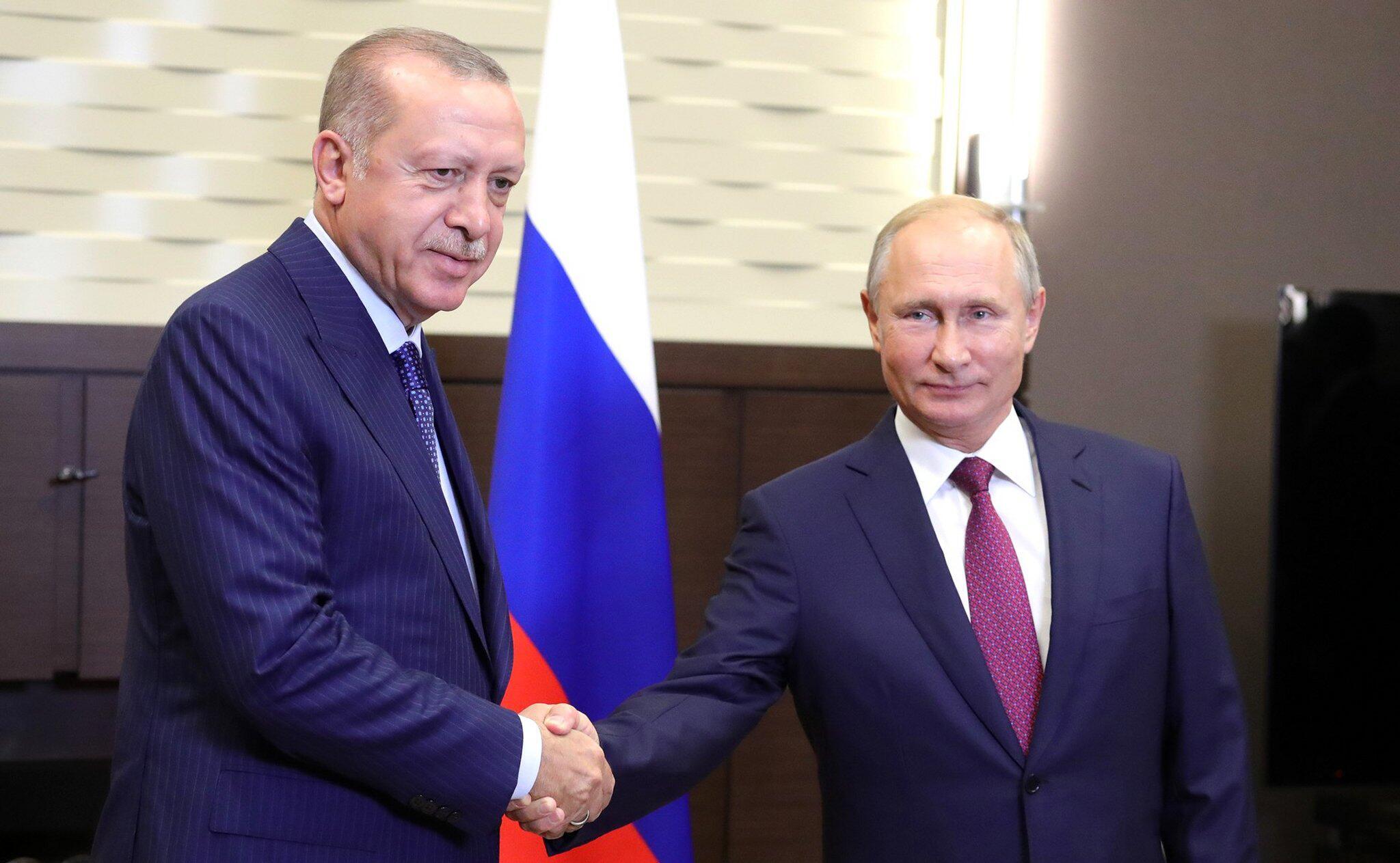 Bild zu Erdogan zu Besuch in Russland