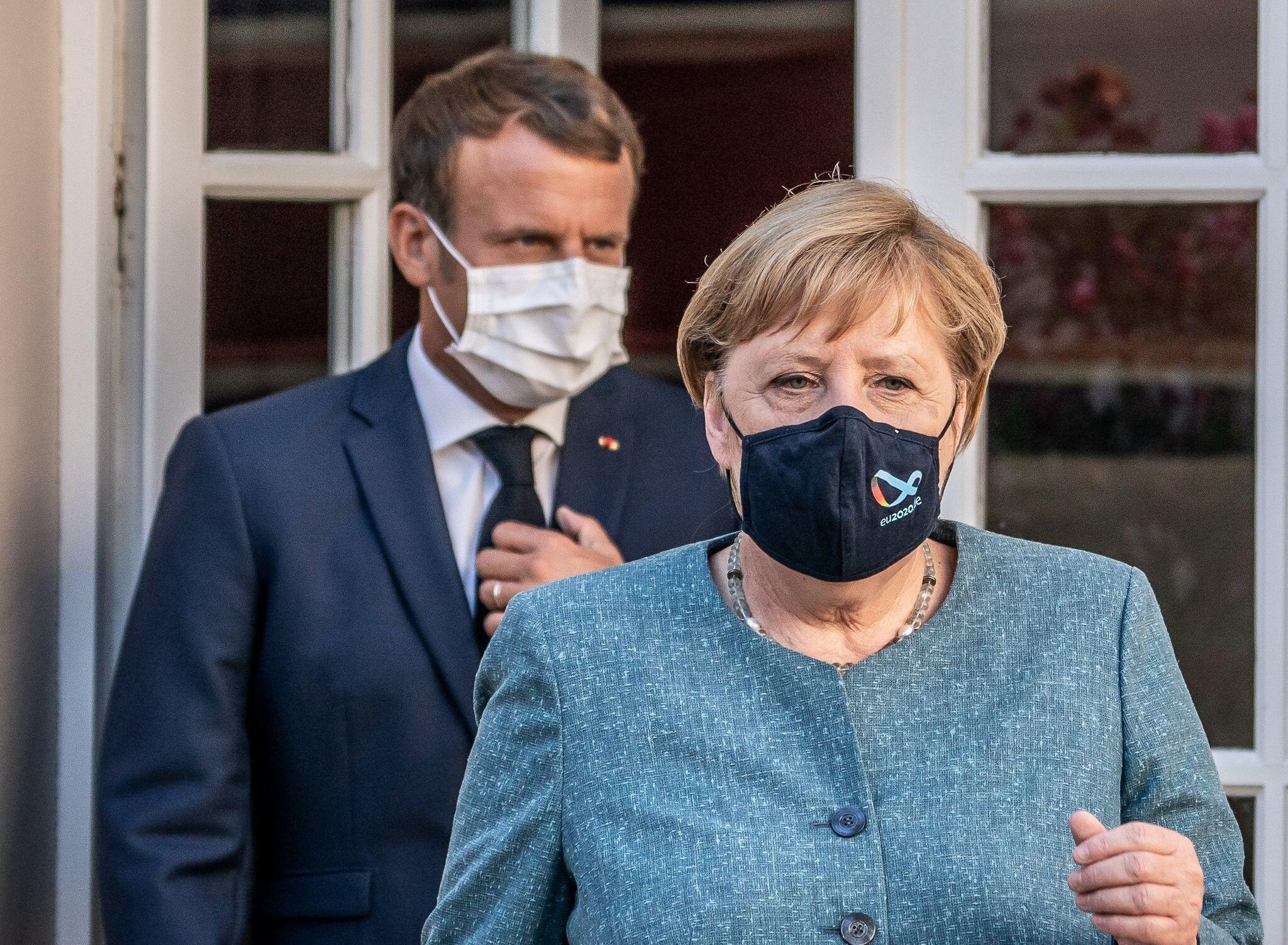 Bild zu Merkel und Macron