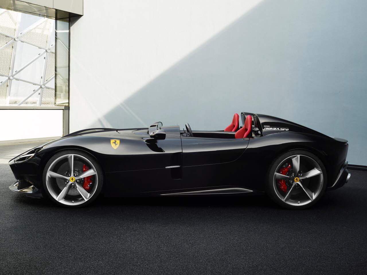 Bild zu Flache Flunder von Ferrari