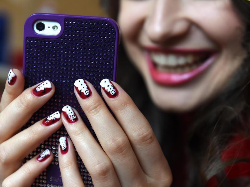 Bild zu Instagram führt Gesichtsfilter ein