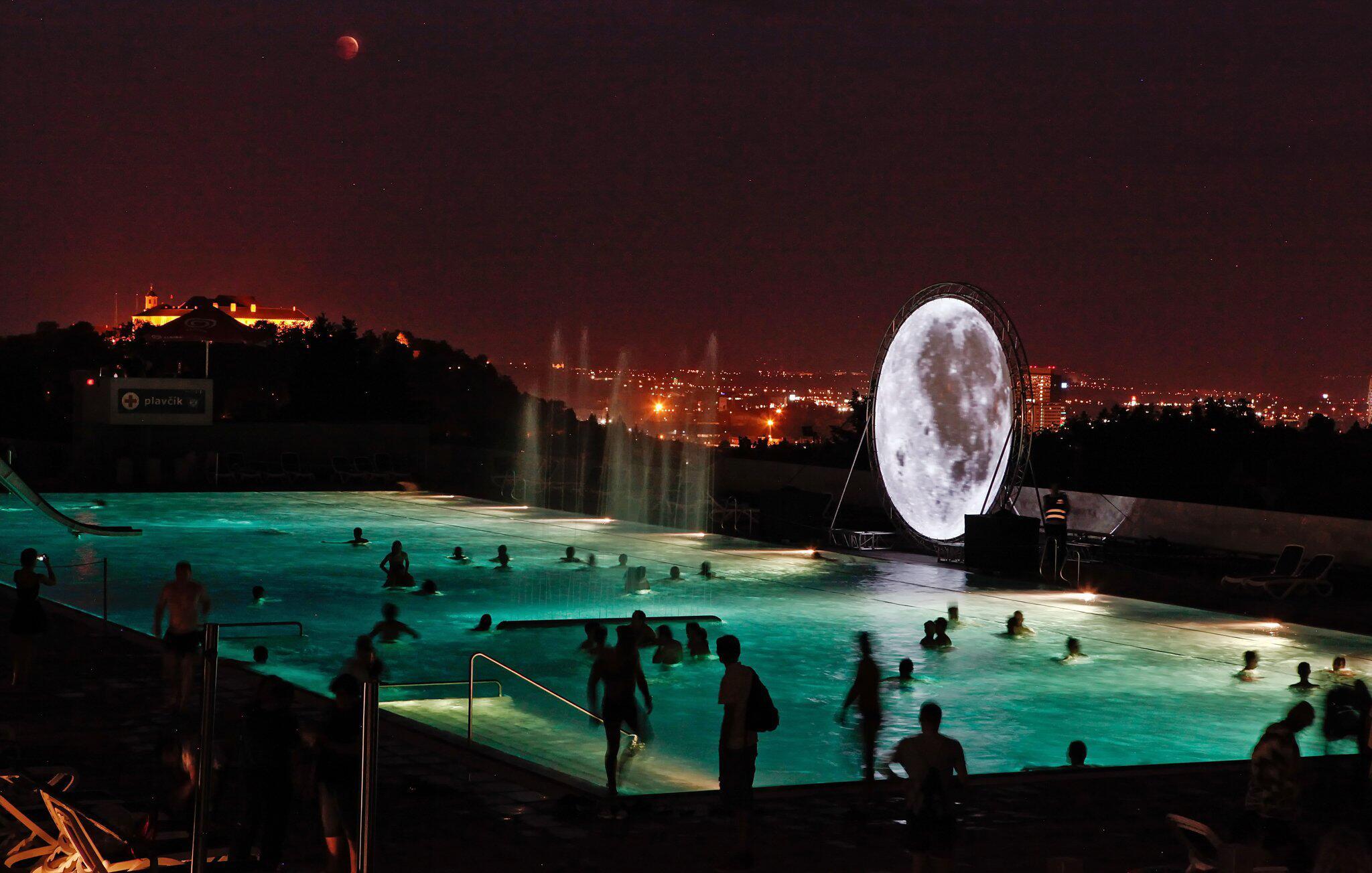 Bild zu Mondfinsternis, Tschechien
