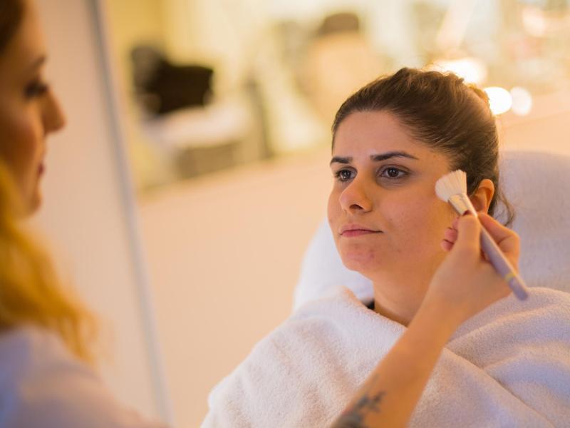 Bild zu Make-up