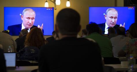 """Putin bei TV-Show """"Direkter Draht"""""""