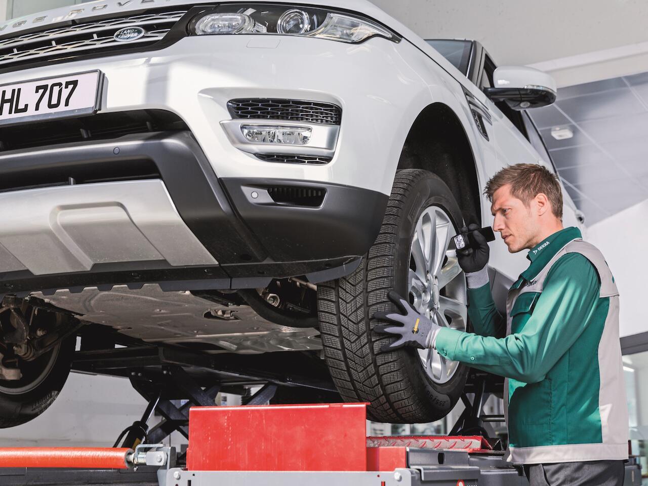 Bild zu Dekra Fahrzeugprüfung