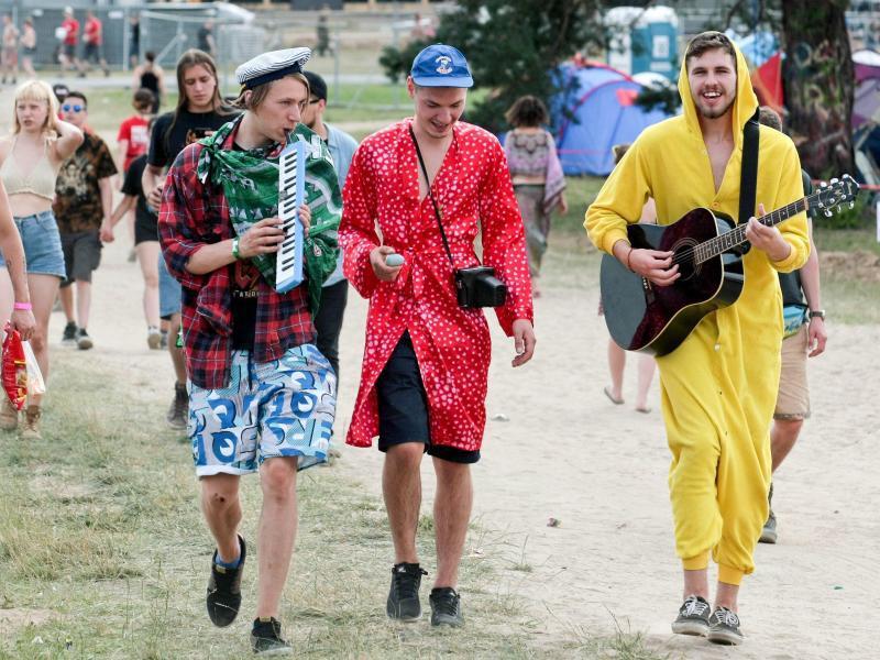 Bild zu Besucher des Woodstock-Festivals