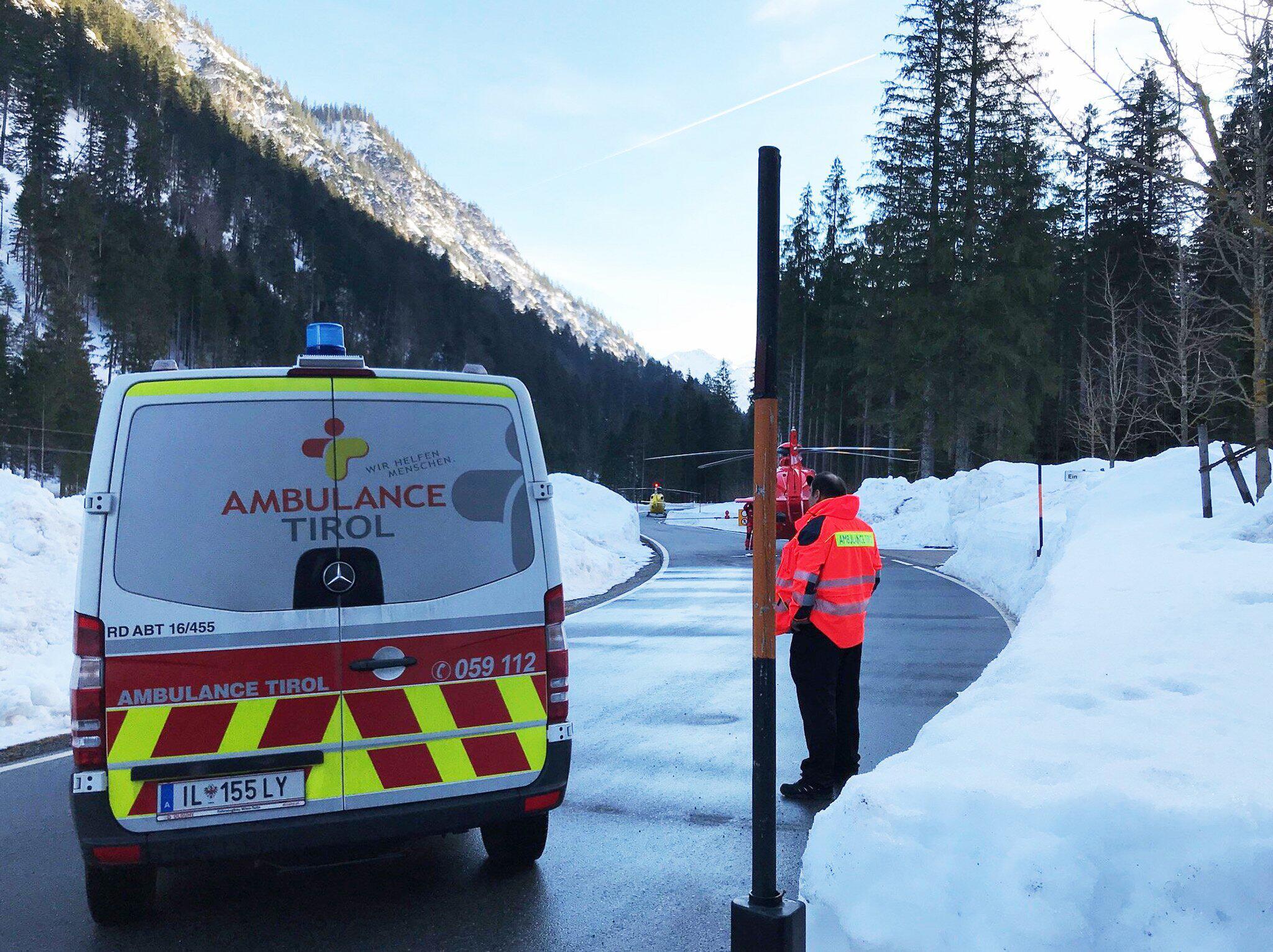 Bild zu Lawine in Österreich