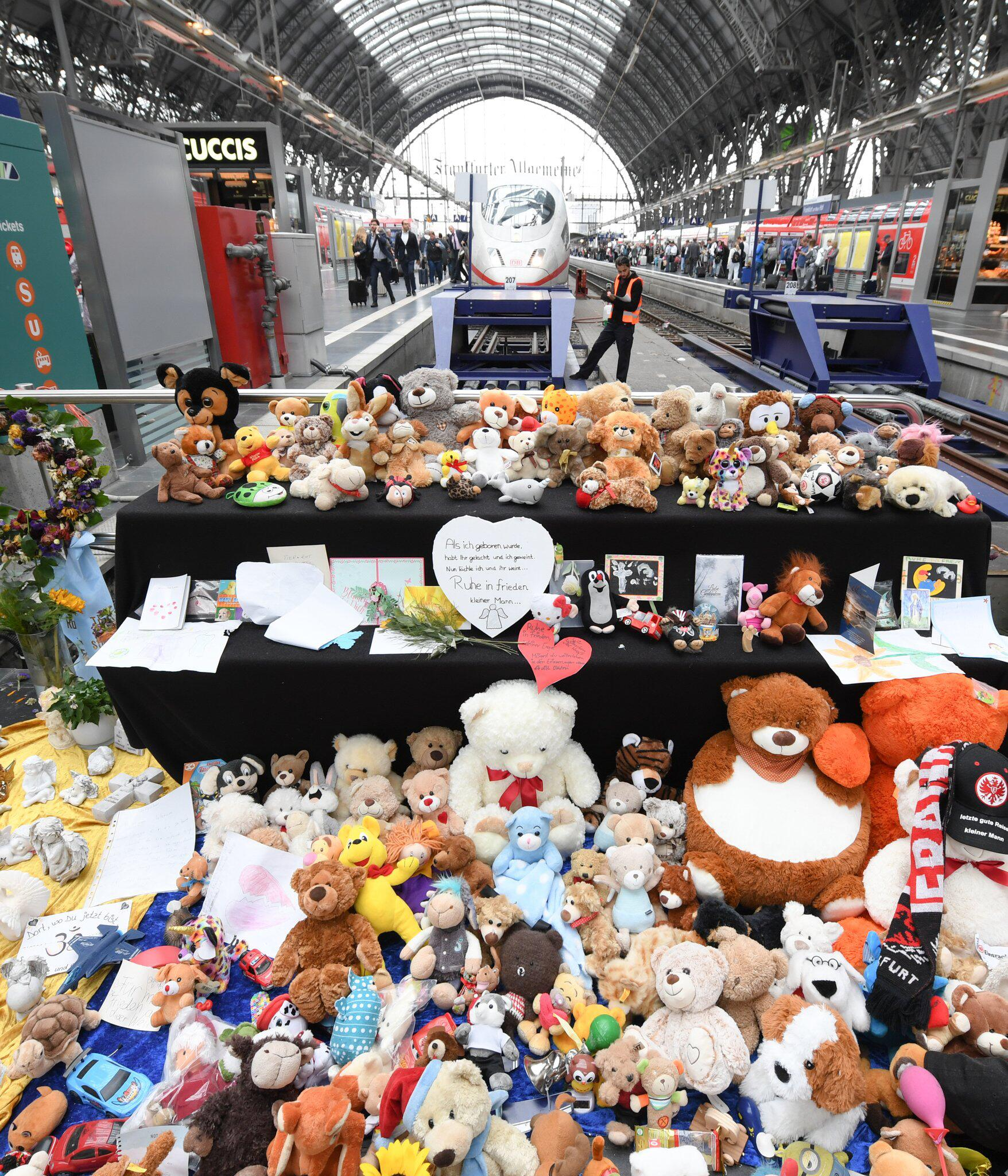 Bild zu After attack at Frankfurt central station