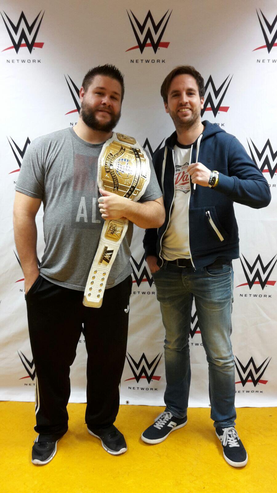 Bild zu Andreas Maciejewski, Kevin Owens, WWE