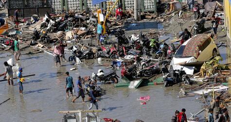 Nach Erdbeben in Indonesien