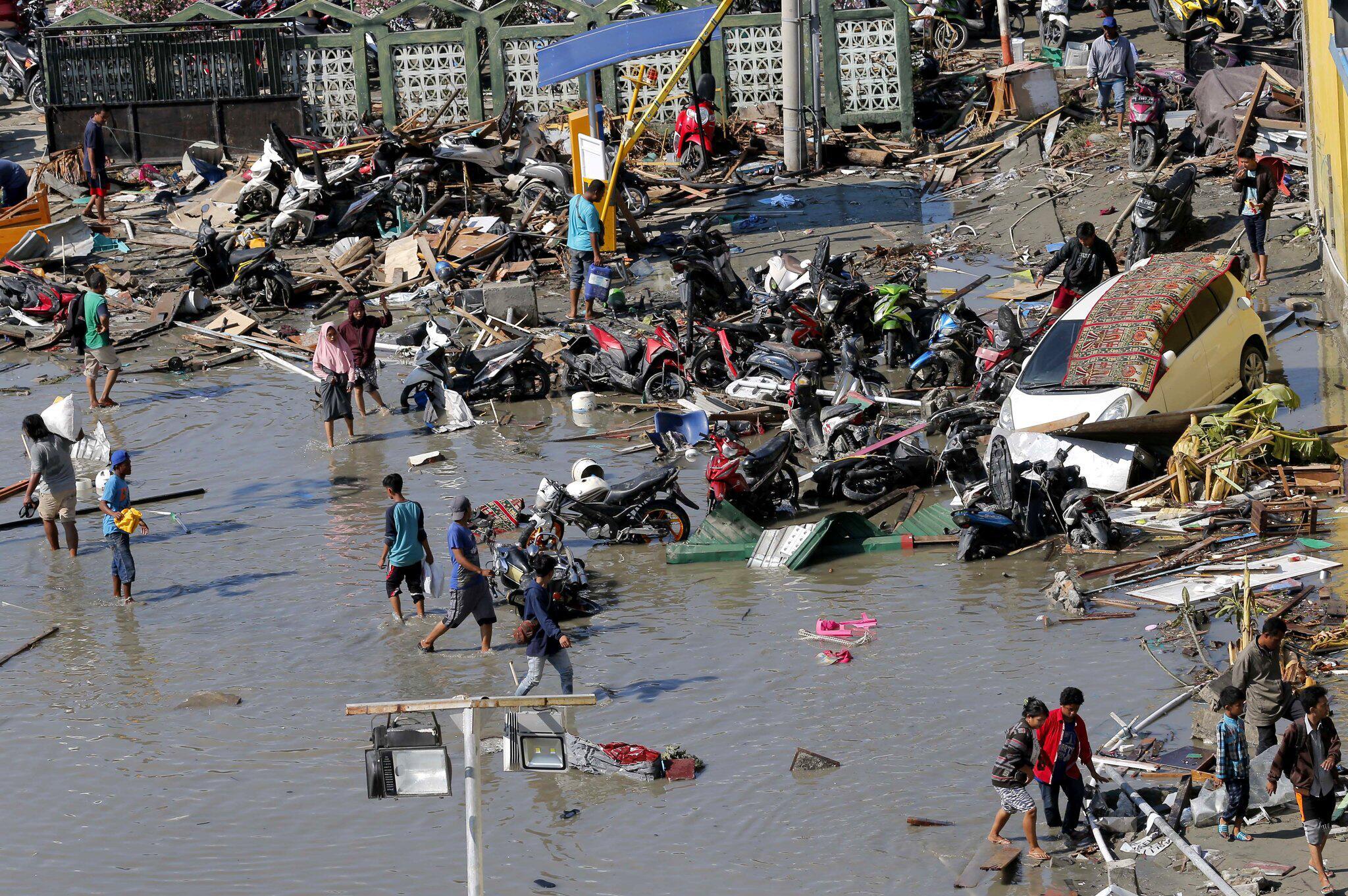 Bild zu Nach Erdbeben in Indonesien