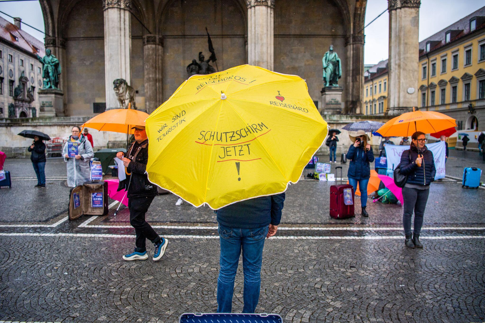 Bild zu EU-Kommission genehmigt deutschen Rettungsschirm für Unternehmen