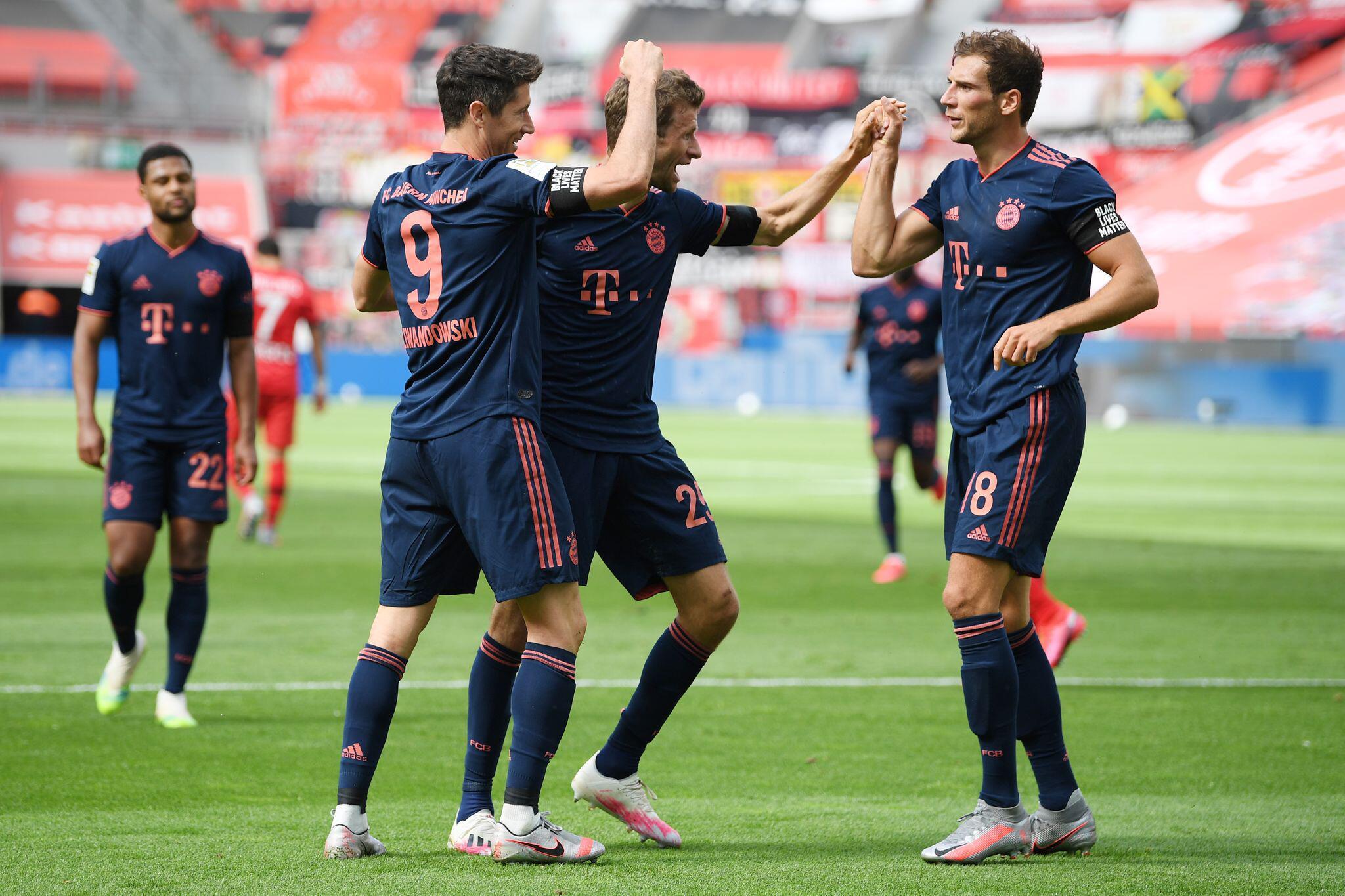 Bild zu Bayer Leverkusen - FC Bayern München