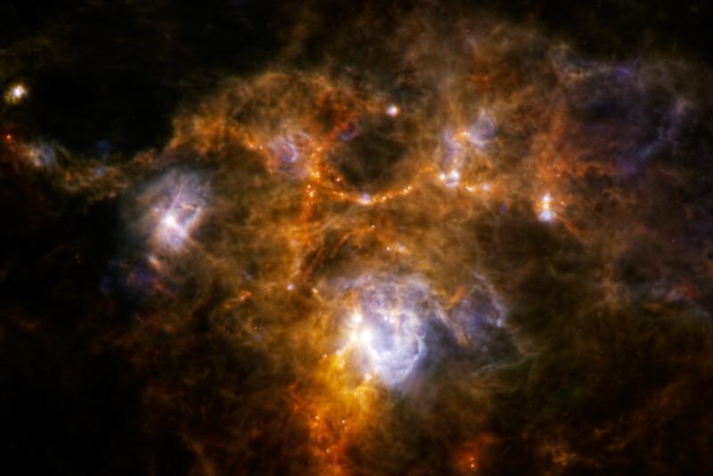 Bild zu Eiförmiger Ring im Sternennebel NGC 7538