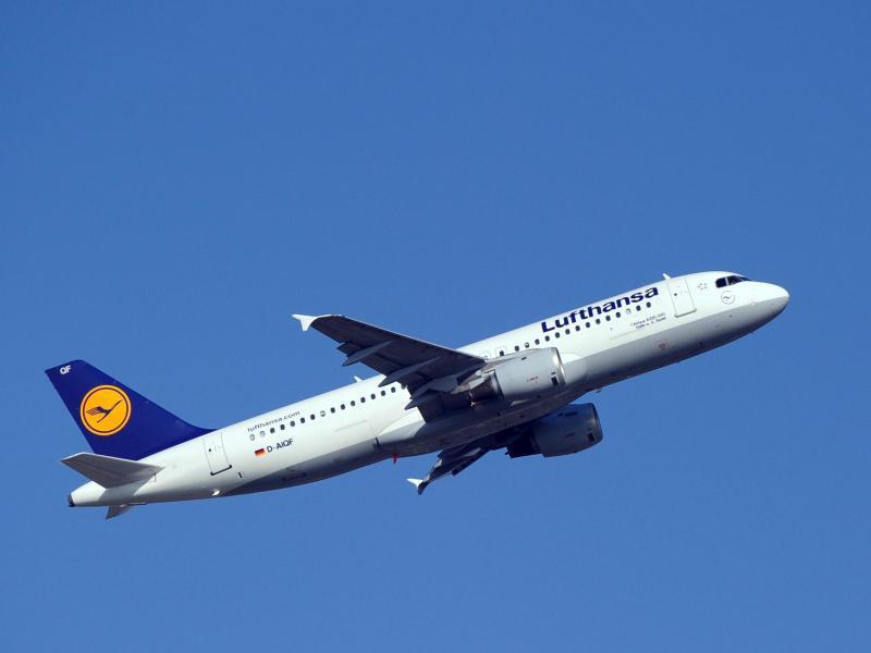 Bild zu Lufthansa