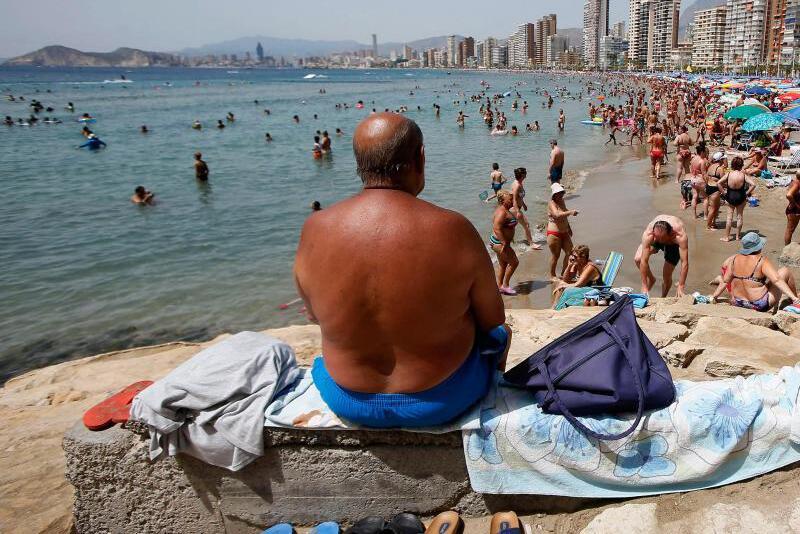 Bild zu UV-Strahlung lässt die Haut altern