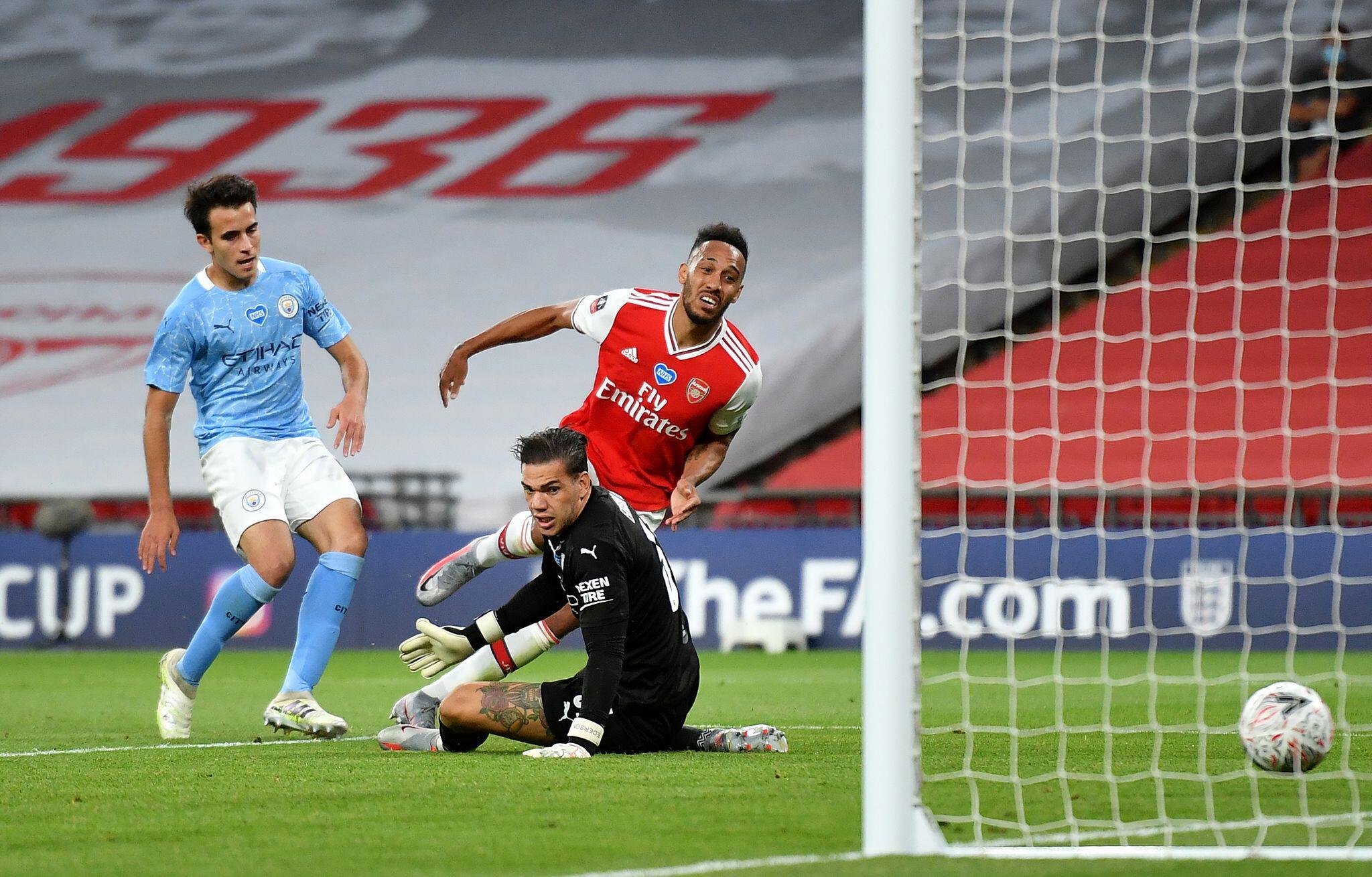 Bild zu FC Arsenal - Manchester Cityeyang