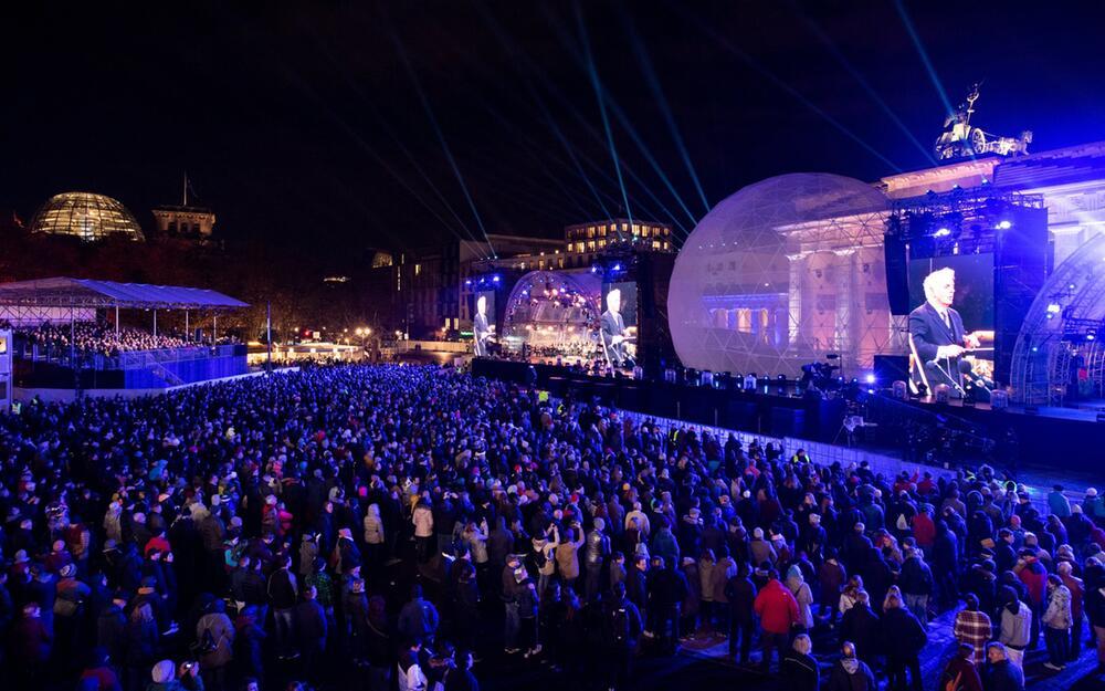 30. Jahrestag Mauerfall - Feier am Brandenburger Tor