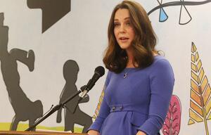 Herzogin Kate: Wunderschöner Babybauch! Hier lohnt es sich, unter den Mantel zu gucken
