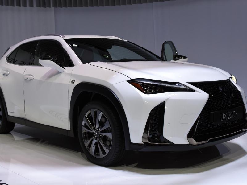 Bild zu Lexus UX