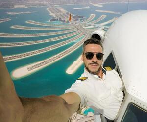 Pilot macht völlig verrückte Selfies - direkt aus dem Flugzeug