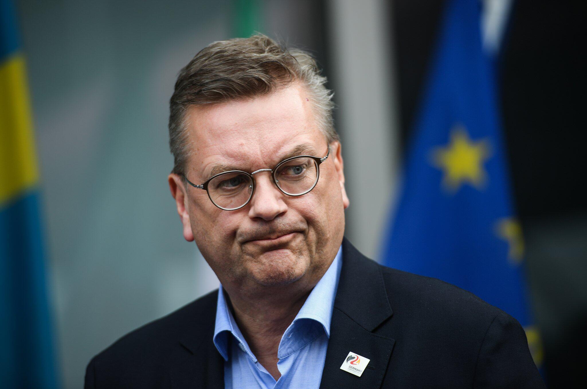 Bild zu Reinhard Grindel, DFB-Präsident