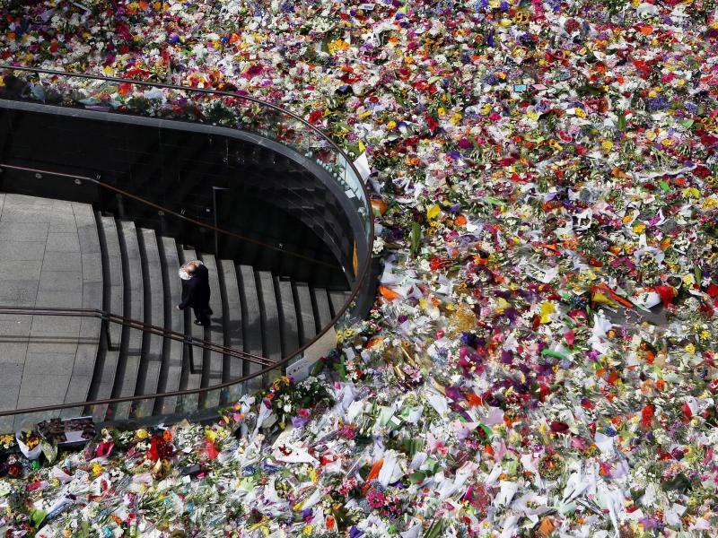 Bild zu Ein Blumenmeer für die Toten
