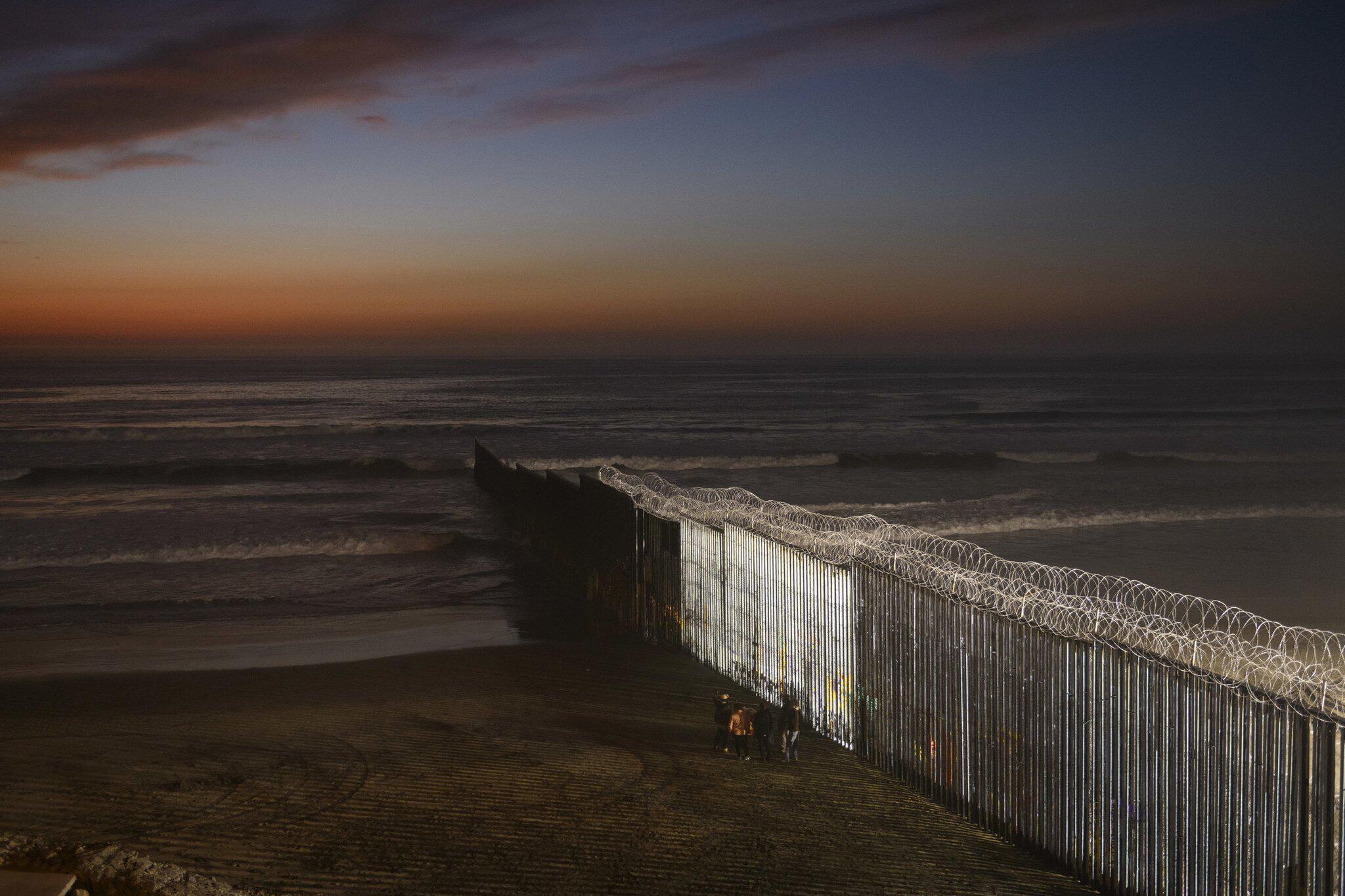 Bild zu Grenze zwischen Mexiko und USA