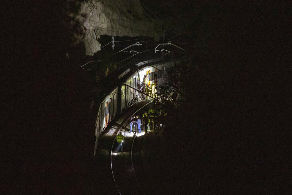 Bild zu Frontalzusammenstoß zweier S-Bahnen in Spanien