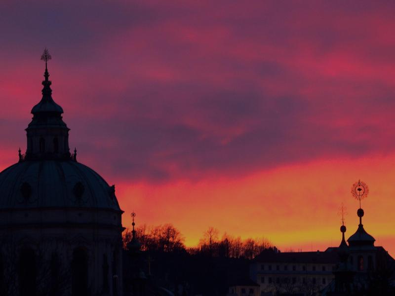 Bild zu Sonnenuntergang in Prag