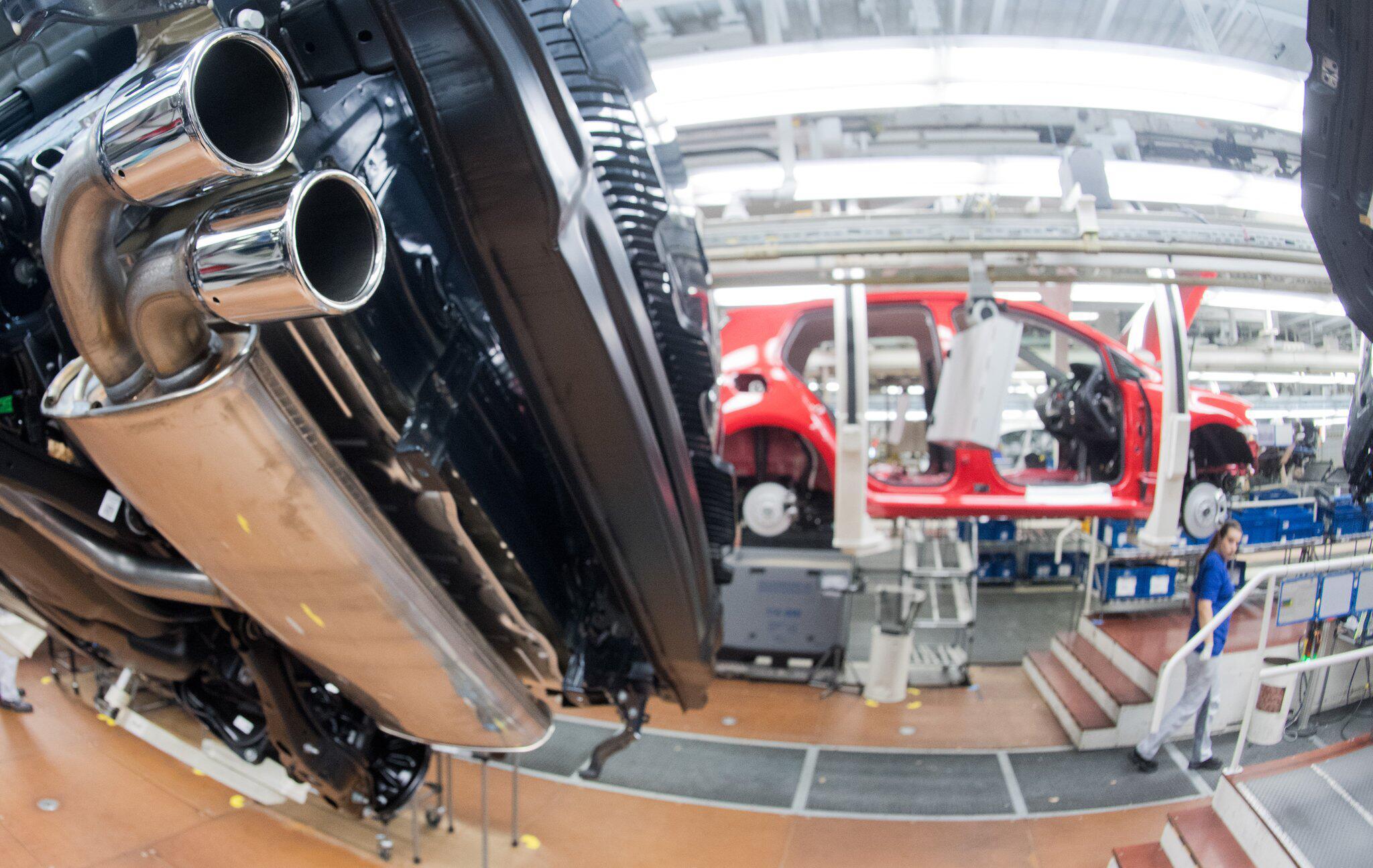 Bild zu VW - Auspuffrohr
