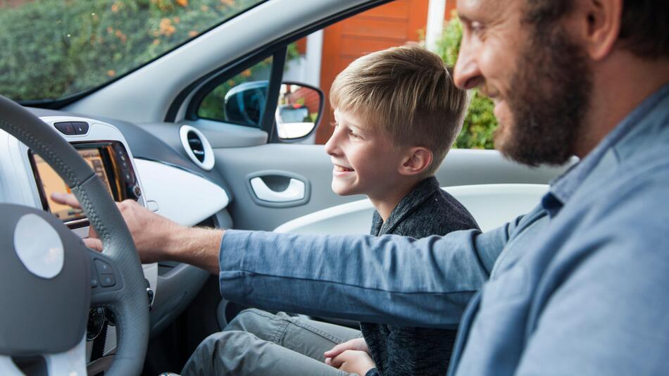 Kind, Beifahrersitz, vorne sitzen