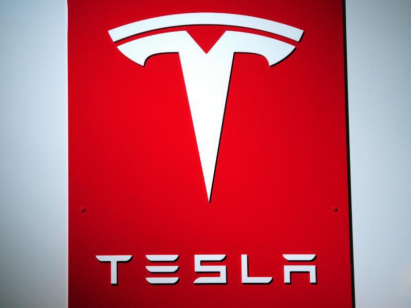Bild zu Tesla