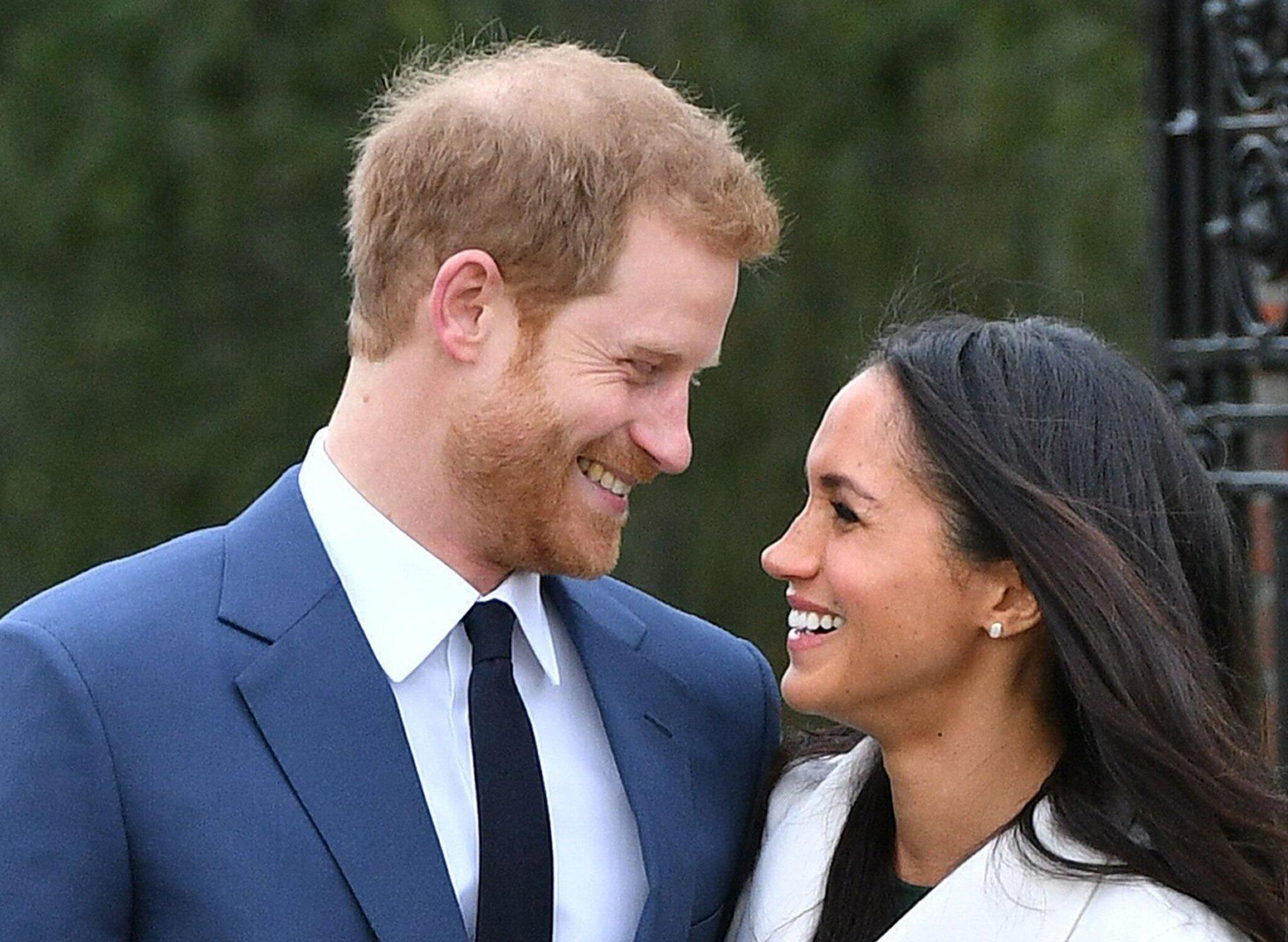 Bild zu Prinz Harry und die US-amerikanische Schauspielerin Meghan Markle