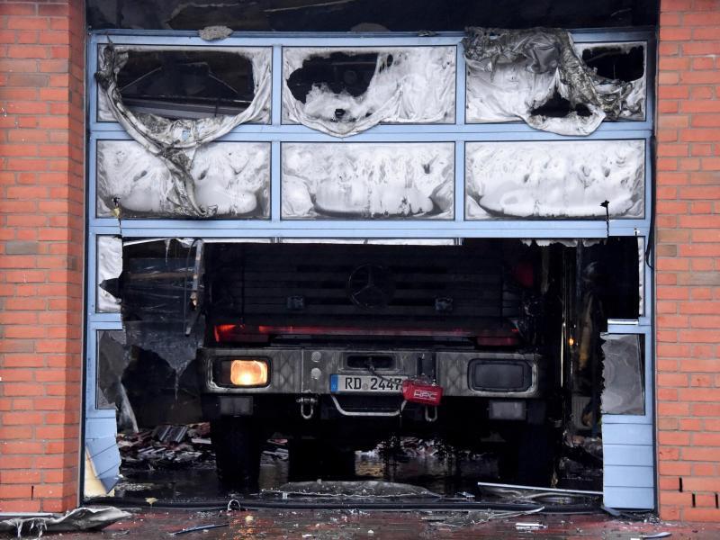 Bild zu Zerstörtes Fahrzeug
