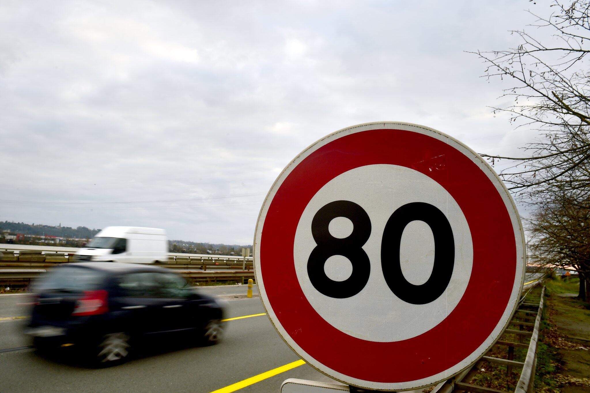 Bild zu Höchstgeschwindigkeit auf Landstraßen - Frankreich