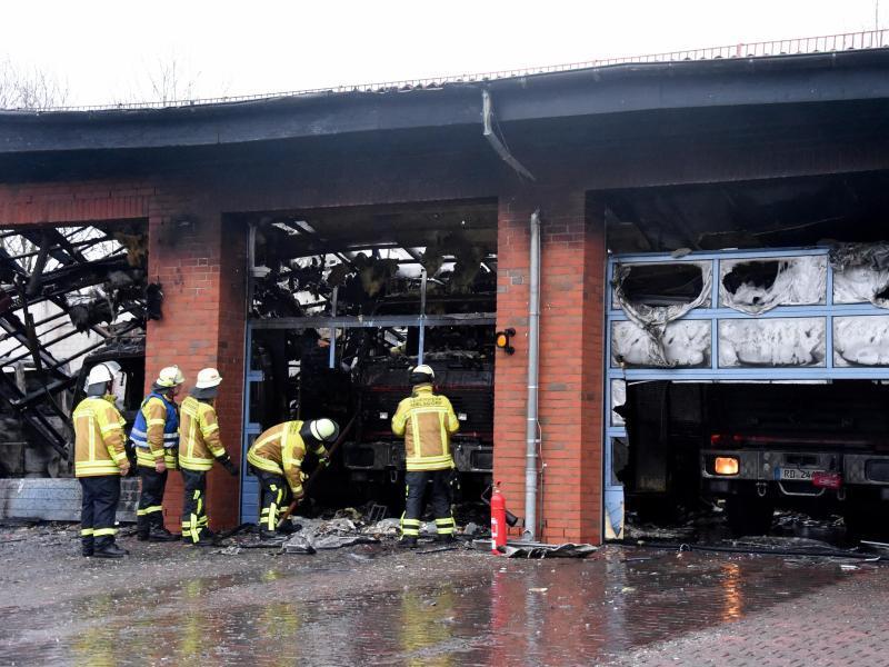 Bild zu Nach dem Feuer