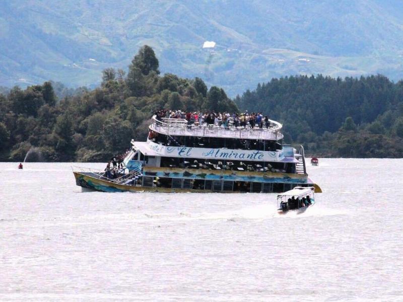 Bild zu Schiffsunglück in Kolumbien
