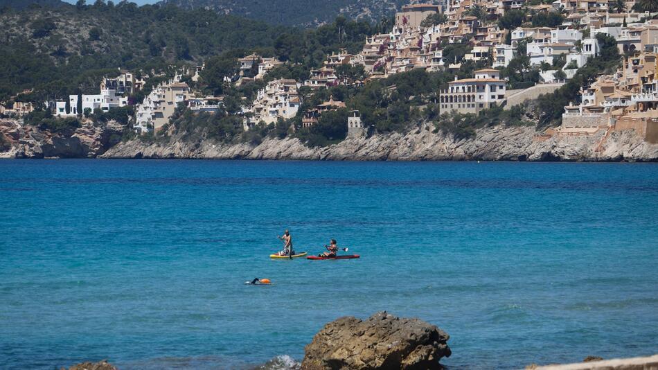 Spanien kündigt Grenzöffnung für Touristen erst für Juli an
