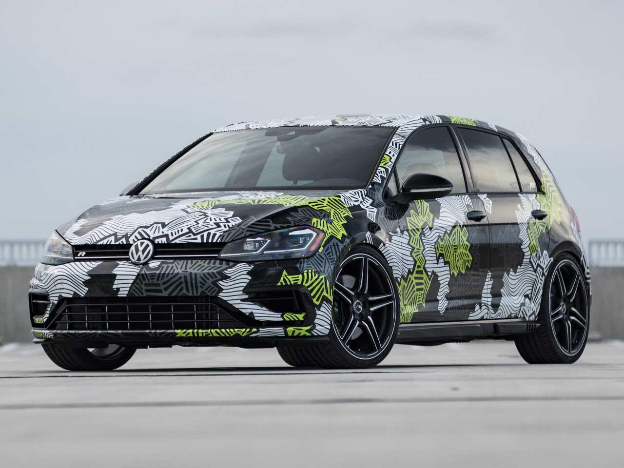 Bild zu Abt Golf R abstract concept