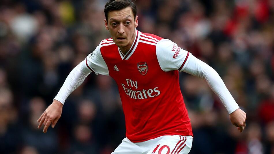 Mesut Özil wechselt vom FC Arsenal zu Fenerbahce Istanbul