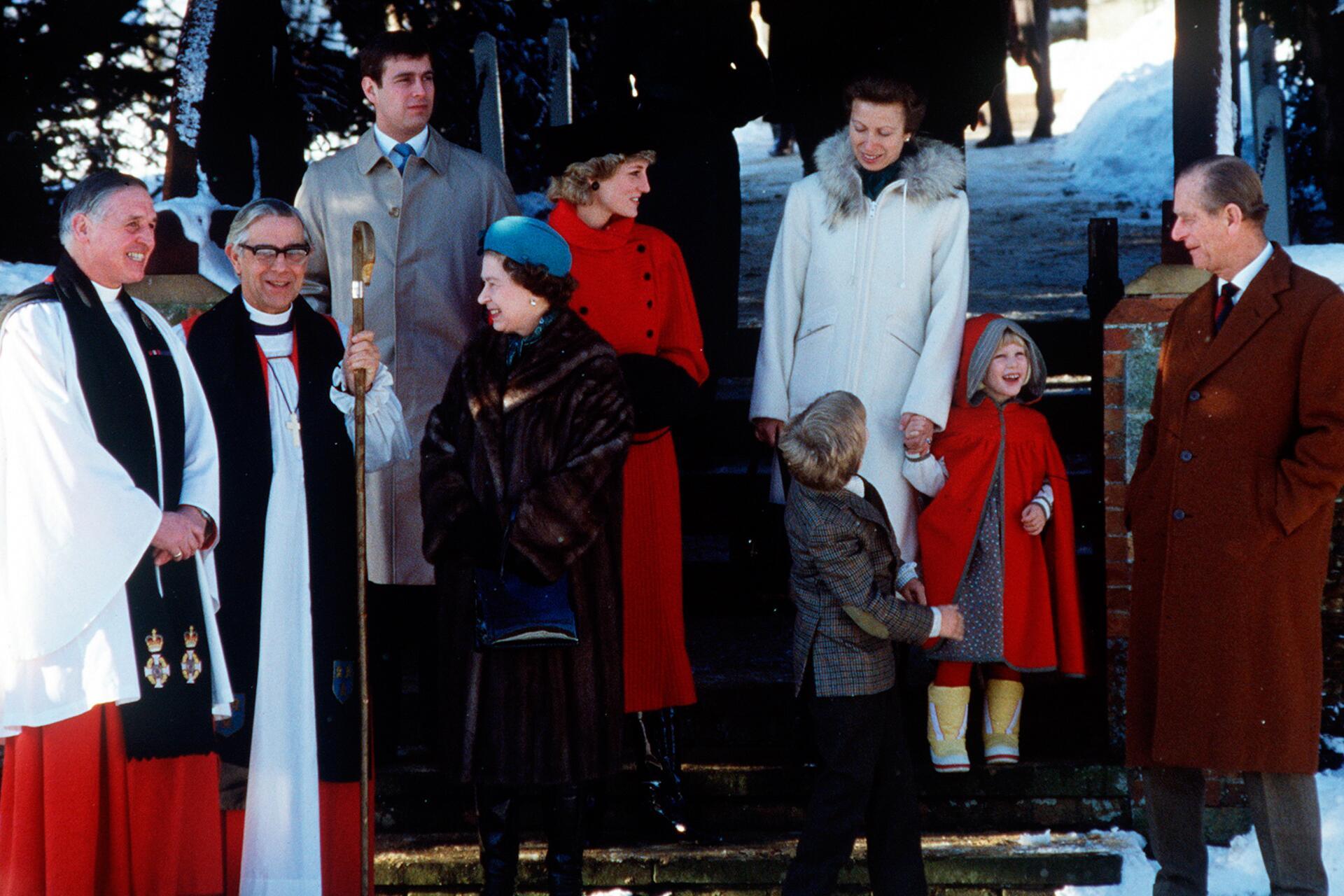 Bild zu Sandringham Kirche, Diana, Queen, Royals, Weihnachten
