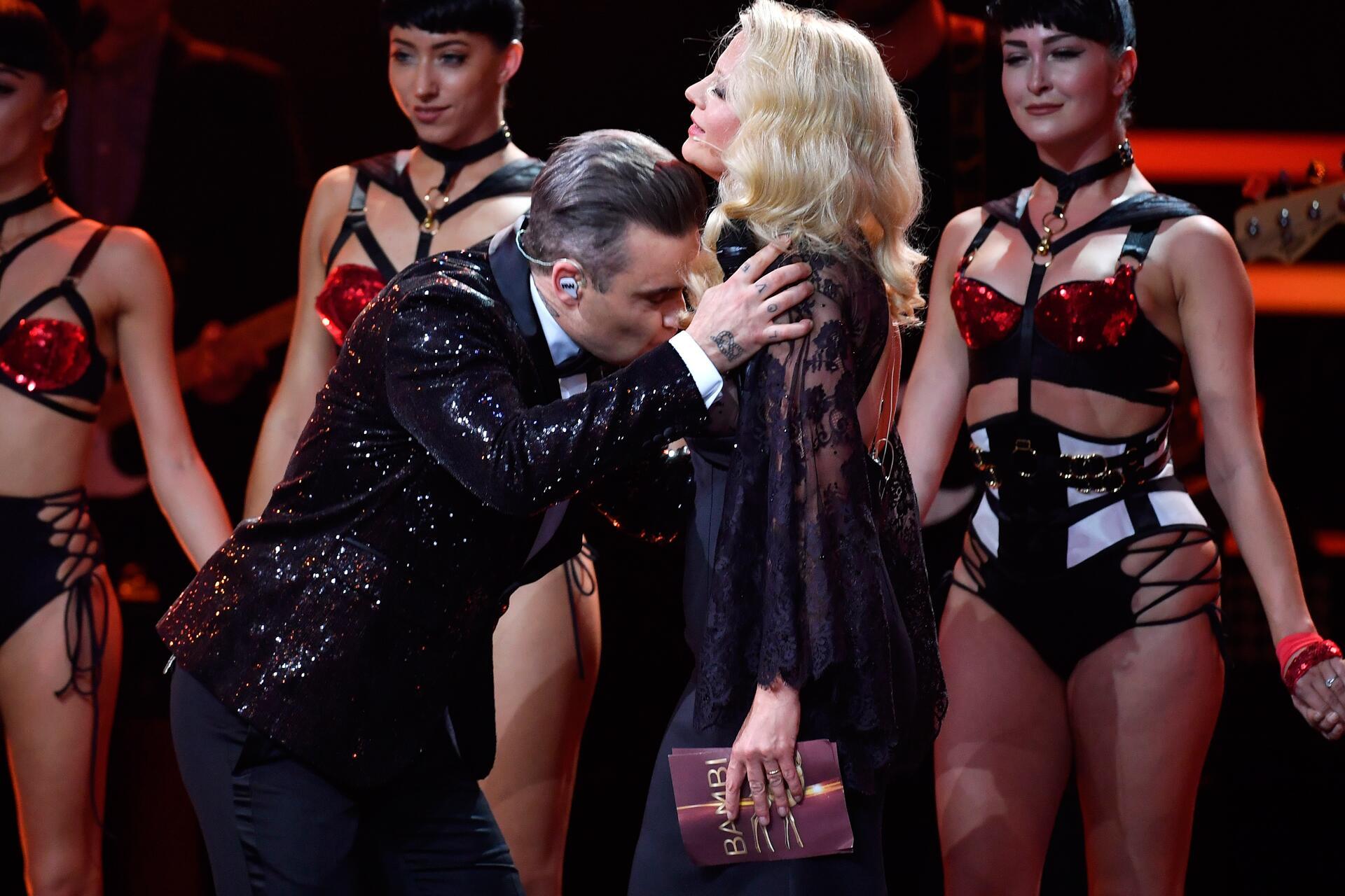 Bild zu Robbie Williams, Barbara Schöneberger
