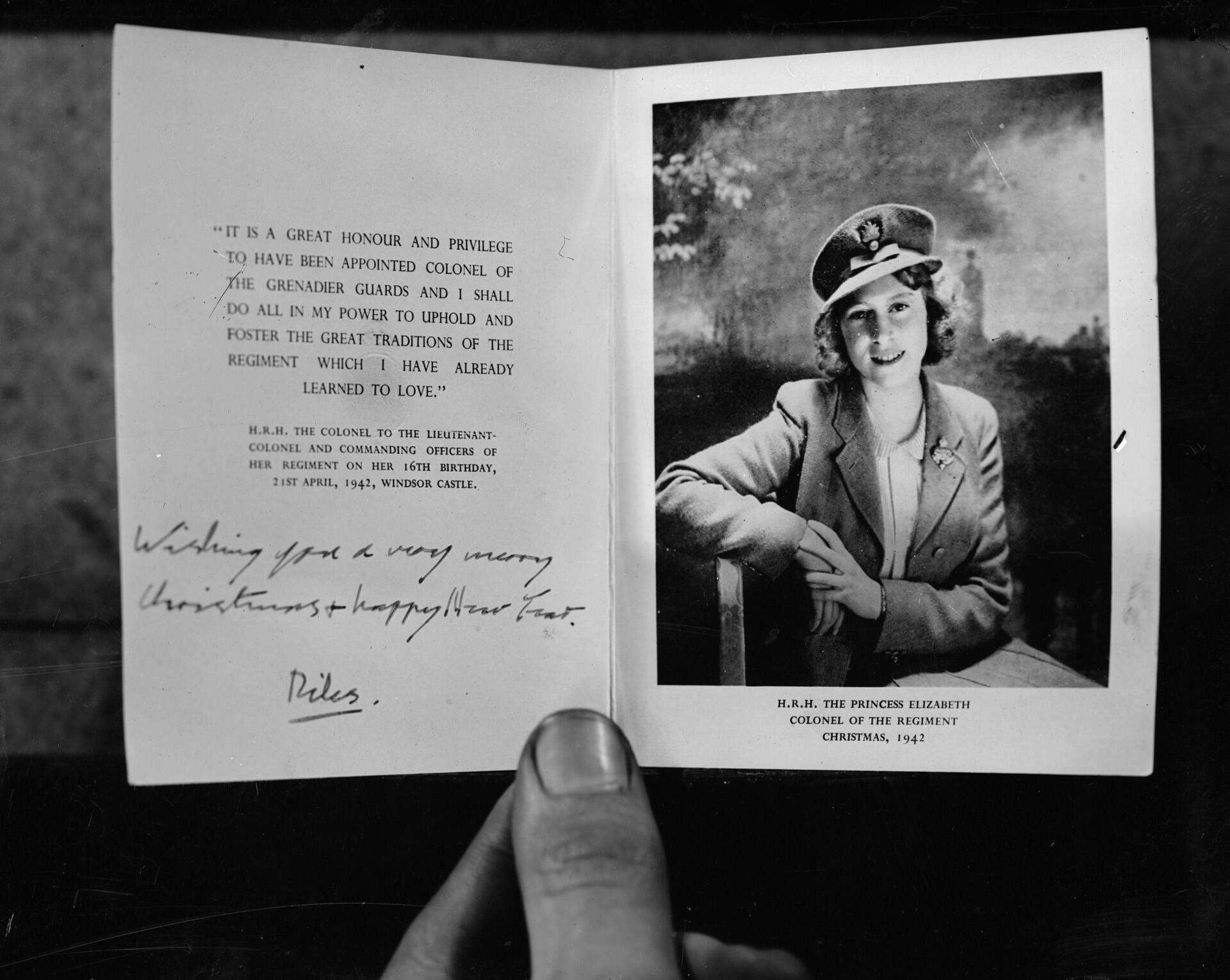 Bild zu Grusskarte, Queen Elizabeth, Royals, Weihnachten