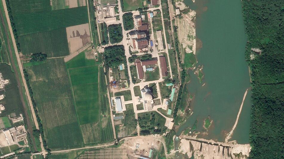 Nordkorea fährt anscheinend umstrittenen Reaktor hoch