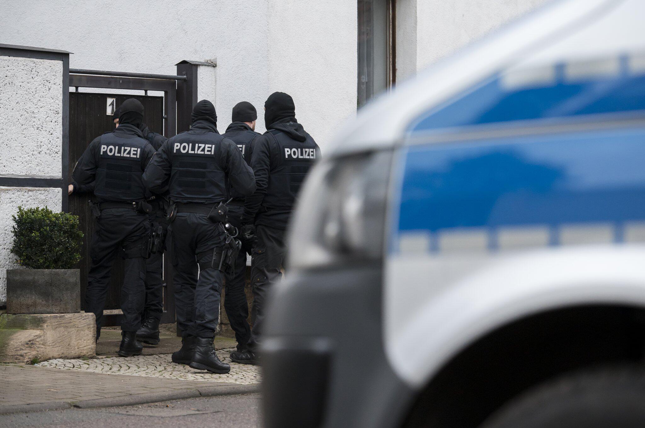 Bild zu «Combat 18» - Razzia in Erfurt