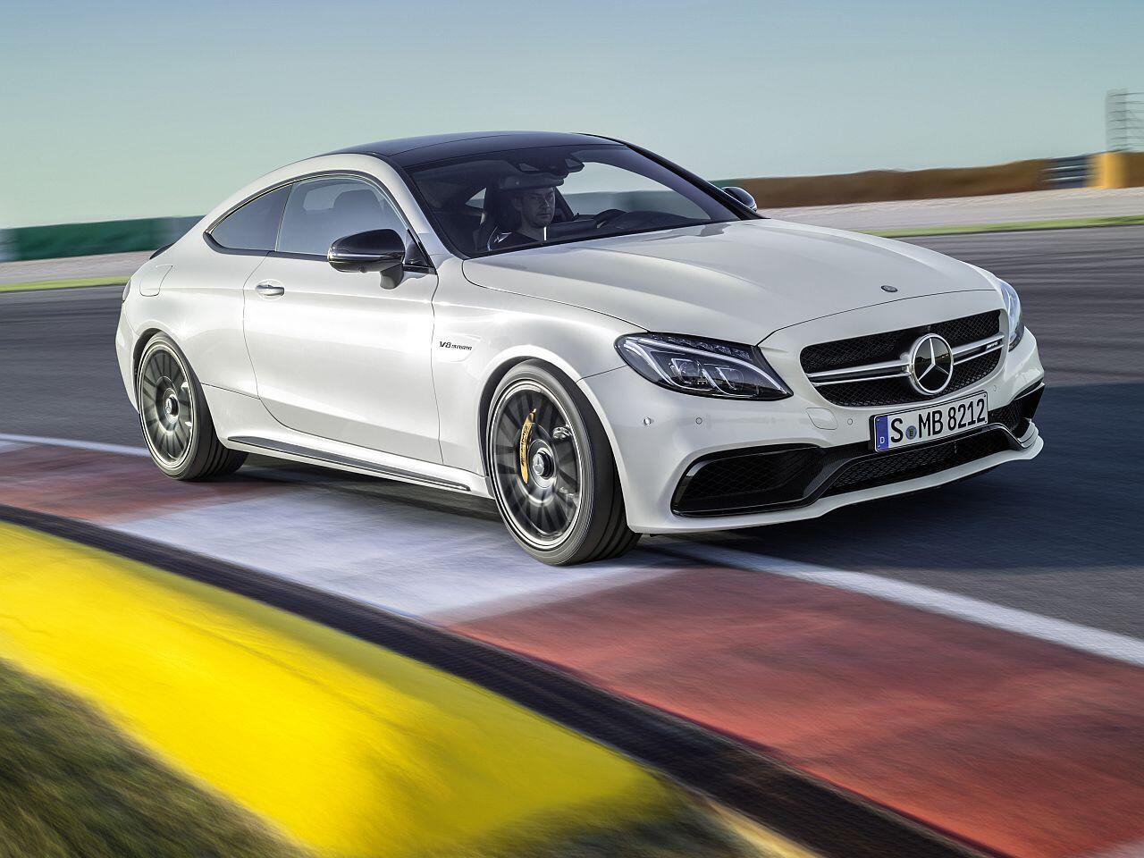 Bild zu Mercedes AMG C63