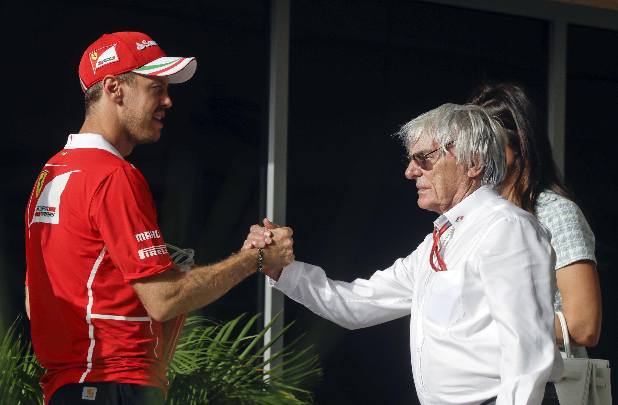 Bild zu Ecclestone, Vettel