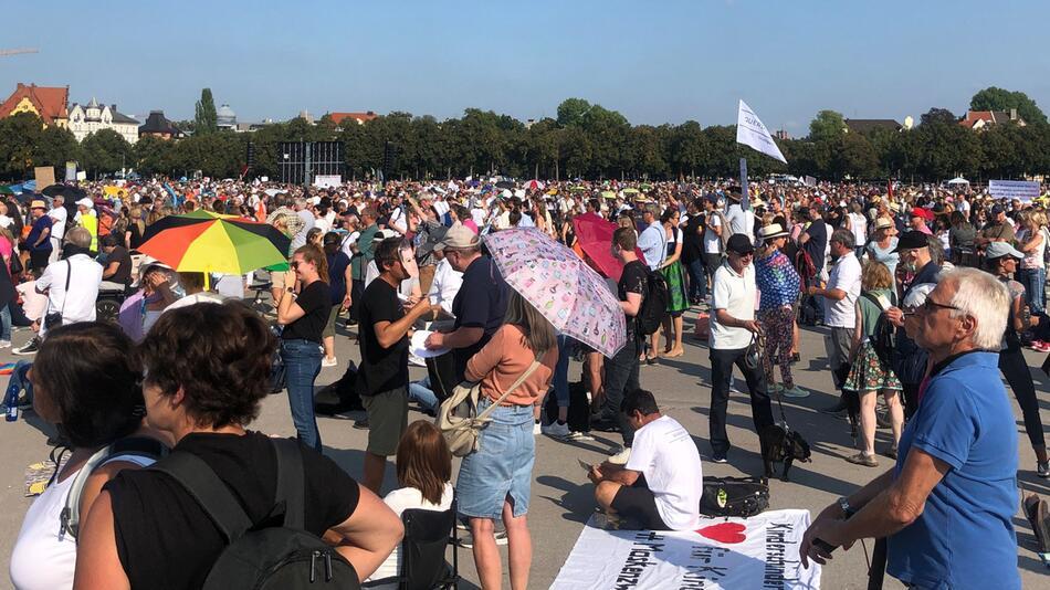 Protest gegen Corona-Maßnahmen München